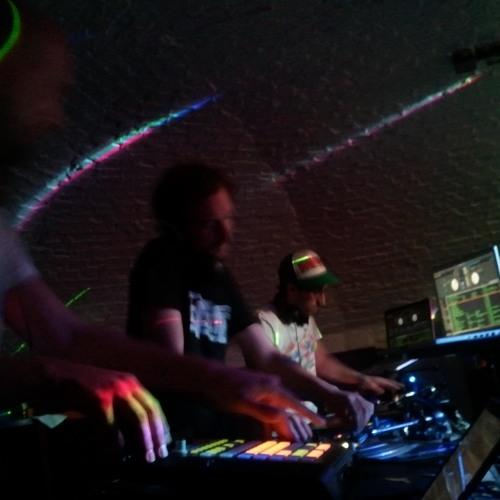 BEAT3 Live Mix UK Glitch Hop 2012