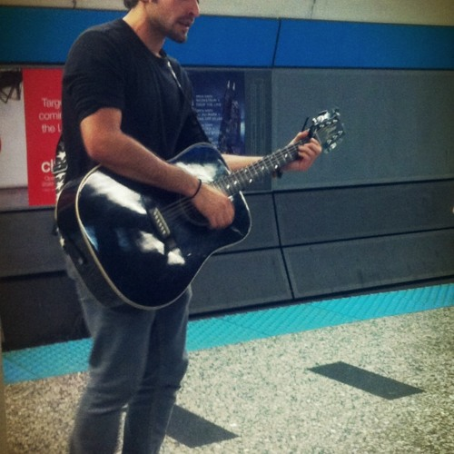 Metro singer, Chicago