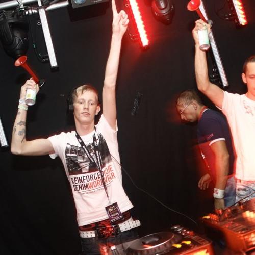 Gestört aber GeiL Live @ 2 Jahre Gestört aber GeiL - Plattenwerk Sangerhausen (02.10.2012)