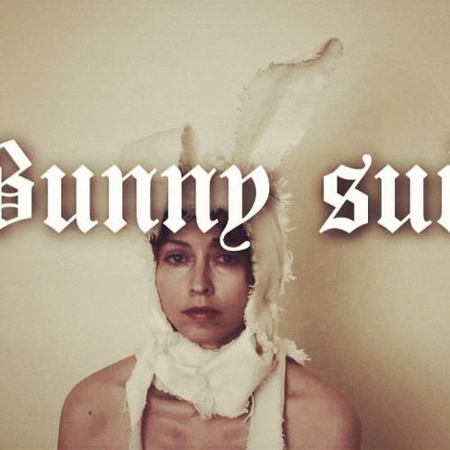 """UNDFTD FAME x Simone White - """"Bunny Suit"""" pr. Taiji"""