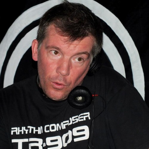 Dave The Drummer - Part1 @ Techno Route 8 Anos