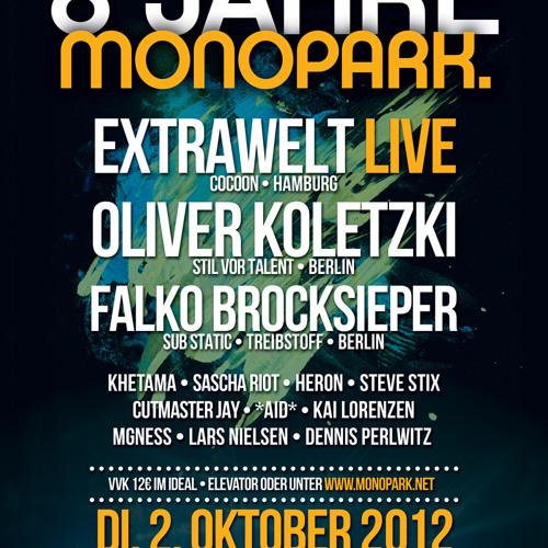 Oliver Koletzki @ 8 Jahre Monopark (Club Favela) 02.10.2012