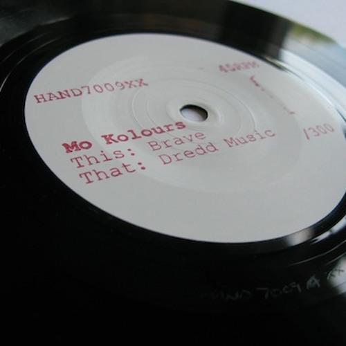 Mo Kolours - Brave