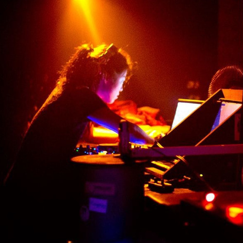 """To the Dark Side & Back to Light"" - Live Breaks Set at M-Bia Berlin 10/6/2012"