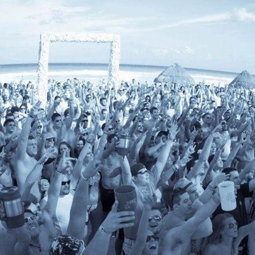 DjSantash@Festival del Mar (Track List) (HipHop/Dubstep/EDM/Psy/D&B/Banda/Moombahton&More)