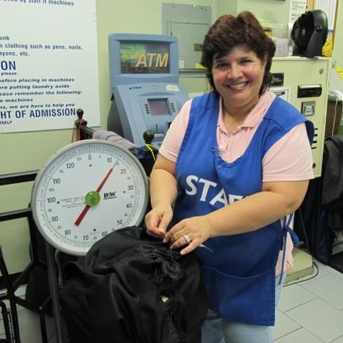 Jeannette Peña, laundry attendant: Original #radiostory by @WillColey