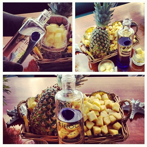 Diced pineapples COVER