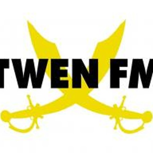Twen FM 88.4 BerlinWorldWide Holger Heclers Radishow with me in a interview and on the decks