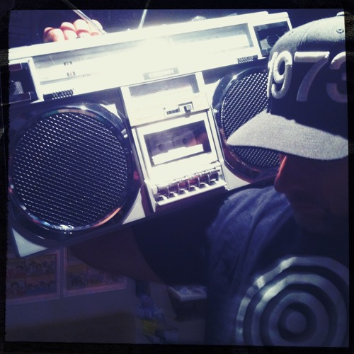 DJ COOLHANDLUKE-Bangin in my boomboxery vol  2