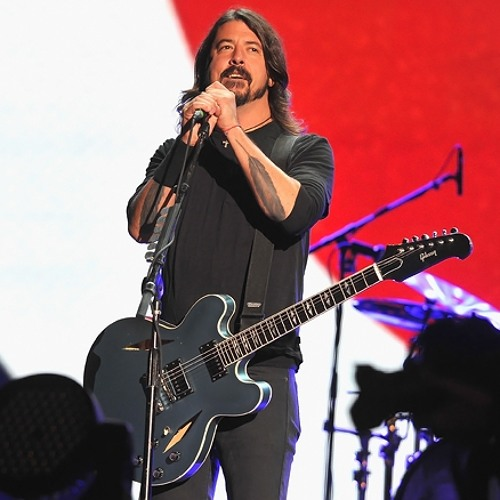 """""""Everlong"""" - Foo Fighters (live)"""
