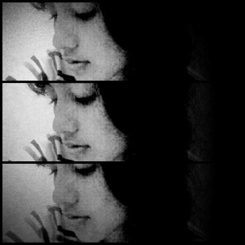 monita - keliru (cover : @auliyarisha )