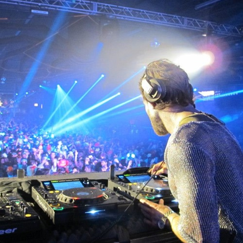 FREE DOWNLOAD: Carl Kennedy Live NYC Refune Haloween party with Sebastian Ingrosso  Alesso