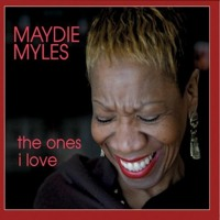 Kiss Of Life - Maydie Myles