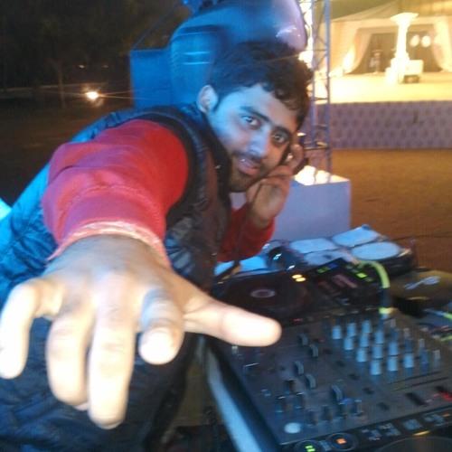 8 Min. Of Punjabi Mashup Party Mix - Dj Akash