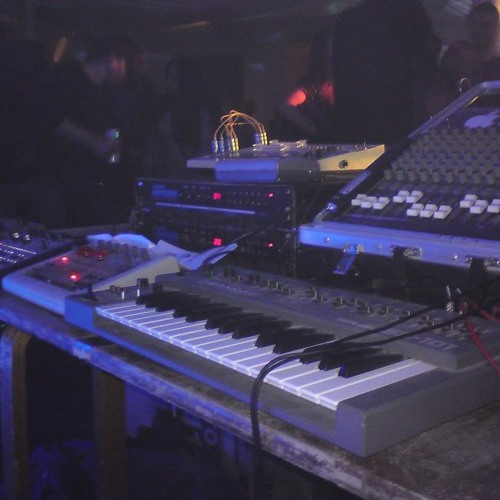 PHATT ANALOGUE  -LIVE HARDWARE SET @ Philanthropy 13th october  LONDON