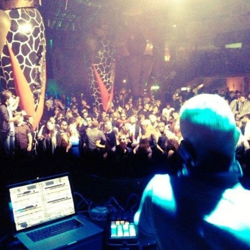 Mike Vale Live @ Ambasada Gavioli 20.10.2012