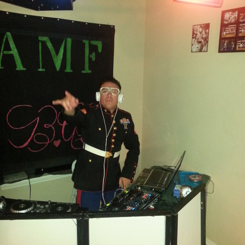 2013 Christmas Mix (House and Dubstep remix)- Dj BAMF ft. Dj B.A.B