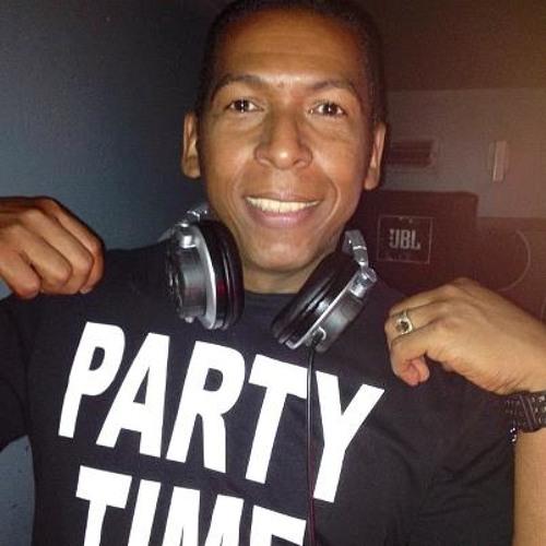 LATIN HOUSE REMIX DJ CORRE CAMINOS.