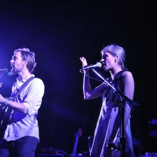 "Bowerbirds perform ""Stitch The Hem"""
