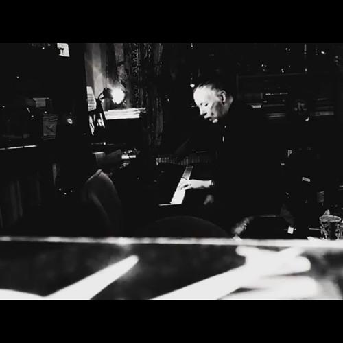 Ruwplatquu ( Piano improvisation )