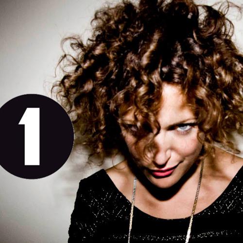 THE CALL x ANNIE MAC (RADIO RIP) x BBC1 x 16.11.2012