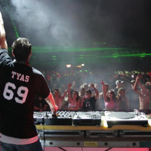 Sean Tyas - Optimistik (DJ Triex Core Bootleg)