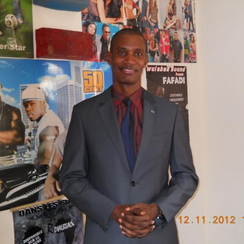 Journal parlé présenté par Aly Saleh sur Radio Dunyaa le 23 11 2012 à 16h