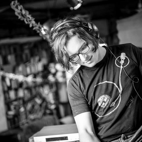 KRAUS - HALT DICH AN DEINER LIEBE FEST Live auf Radio Hamburg (Scherbencover)