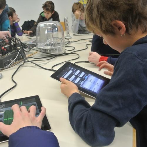 Workshop - Live Jam mit 7 iPads und 11 Kids