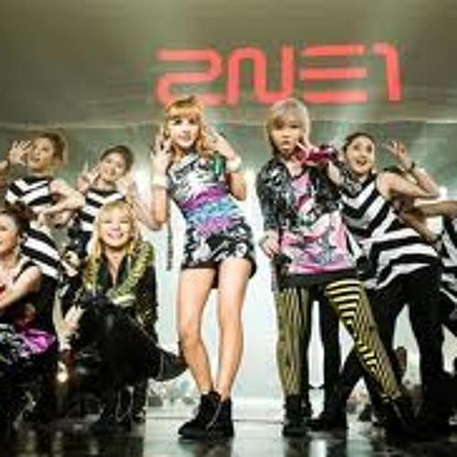 2NE1 live