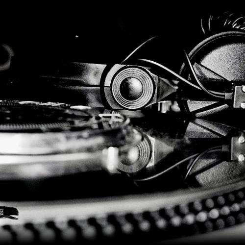 CUMBIA REGGAETON! BY DJ WIRRO