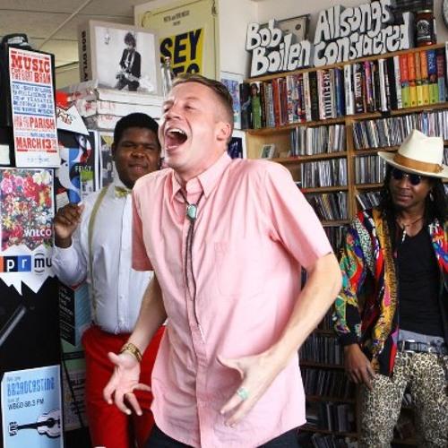 Macklemore & Ryan Lewis - Same Love (NPR Tiny Desk concert)