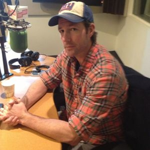 Edward Burns on Directing, Acting and the Holidays