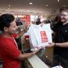 5 minutes with Badajoz English - 002 - Charity Shops