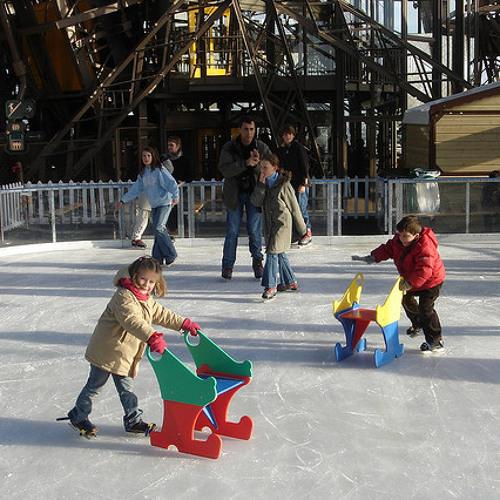 La patinoire, star du marché de Noël de Vincennes