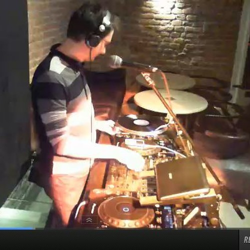 Dudu on the RIOOOOOOOOOOT! show, ft. exclusive DJ PRESHA (samurai music) interview.