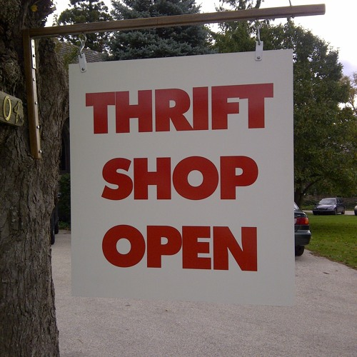 Macklemore & Ryan Lewis - Thrift Shop (Deppers Remix)