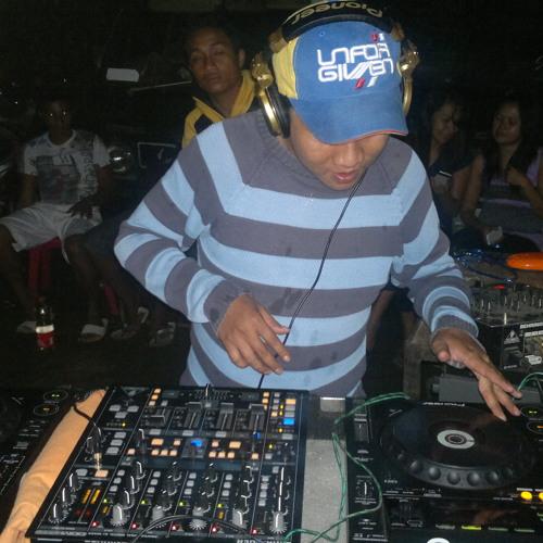 DJ Karibo Kiri kanan (Breakbeat kota)MUD Production 2012,,,Full Version
