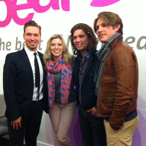 Hanson stop by 92.5 The Beat- they have 8 kids now!!