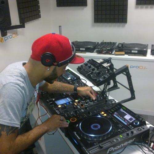 Palhas Remix AFRObeat 2012-DE leveeeee so