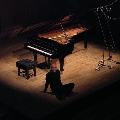 8 seconds of Einaudi - Tribute to Inactivity