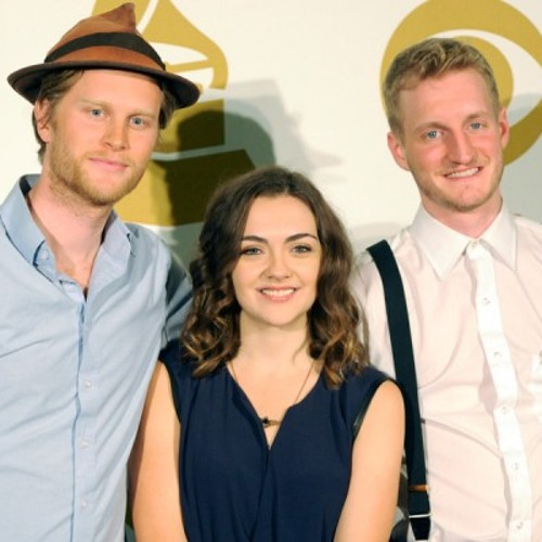 The Lumineers Cellist Neyla Pekarek Remembers The Contrived Sound of the Original 'Ho-Hey'