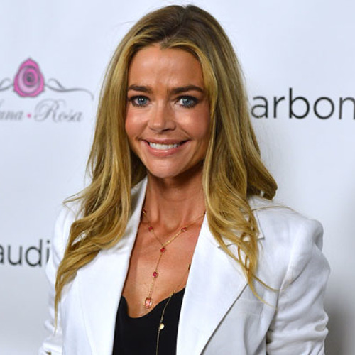 Denise Richards Talks About Decorating For The Holidays