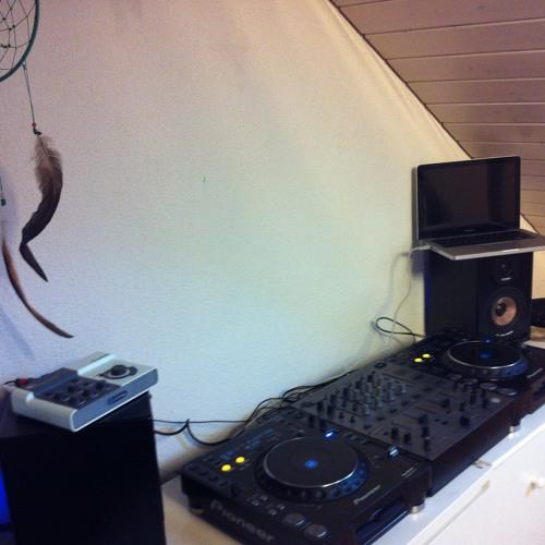 Progressive Destruction Dj Set / Recorded @ Daniel Pessimi's Room 21.12.2012