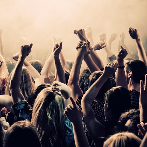 Maxlock- Put your hands up!!!