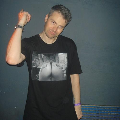 Paul Langley @ Elektroschock, Stuttgart. Germany 8.10.05 DJ set.