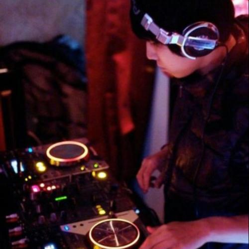 Holyear - Icarus & Gypsy woman Remix