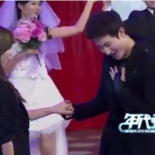 Jin Tian Ni Yao Jia Gei Wo 《今天你要嫁给我 》(Today You Will Marry Me) - Zhou Mi & Victoria (121123)