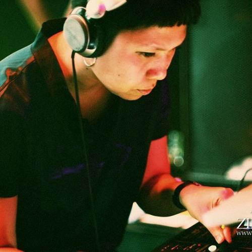 ej missy - minimal it  december 2012 mix