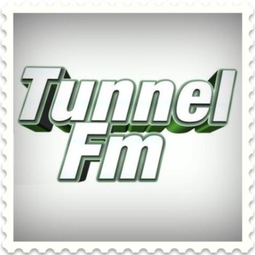 Justinas Sadauskas - Dancin Like a Bitch (Tunnel FM 2013 Jan 5)